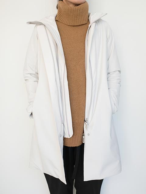 画像1: 【DESCENT-デサント】 INSULATED LONG COAT WHITE (1)