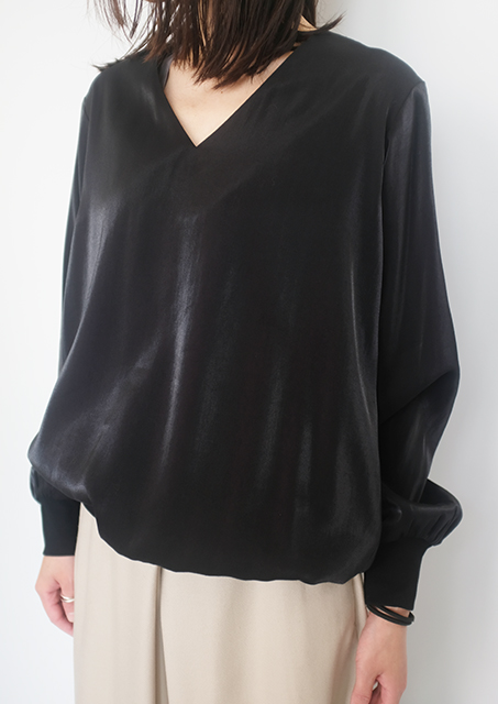 画像1: 【Tomoumi Ono】V NECK LONG SLEEVE BLACK (1)