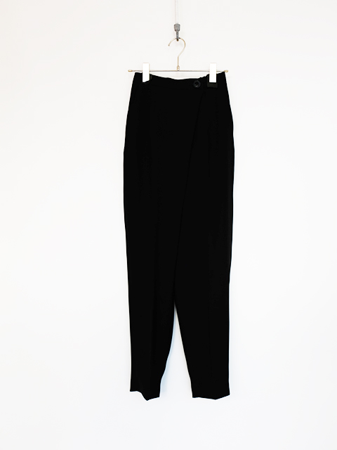画像1: 【ENFOLD-エンフォルド】TAPERED PANTS BLACK (1)